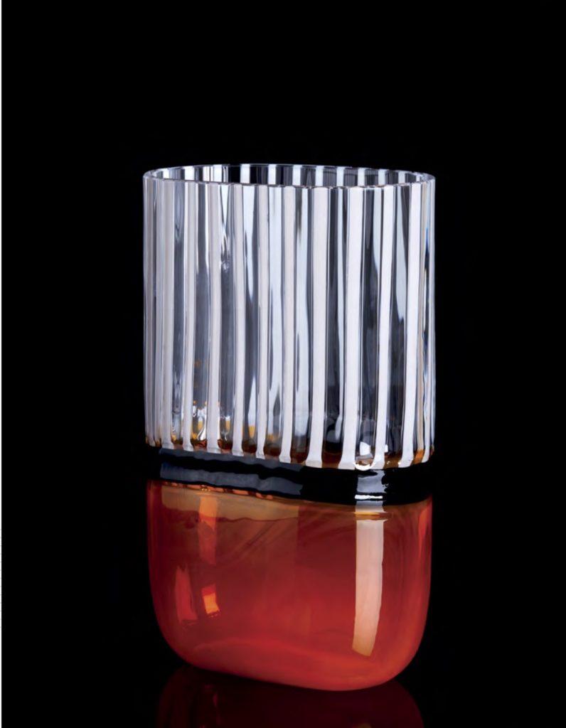 I PICCOLI—NARAN Edición Numerada1/333 Altura: 180 mm Diámetro:162mm Posibilidad tres tamaños CRISTAL MURANO Diseño: Carlo Moretti