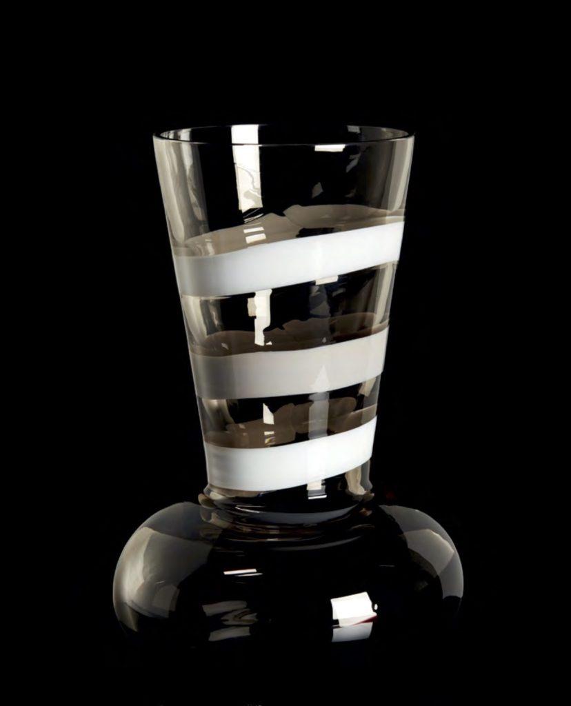 TRONCOSFERA 1799LNG Edicion Numerada 1/111 Altura: 410mm Diámetro:270mm CRISTAL MURANO Diseño: Carlo Moretti