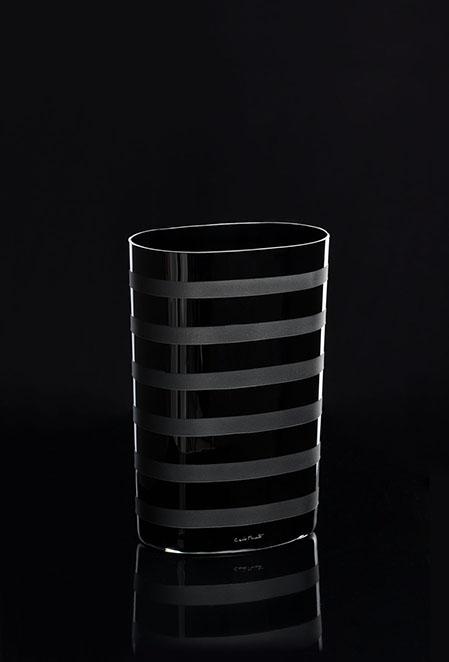 STRISE VASO-NERO. 734.N Altura:260 mm Diámetro: 180 mm CRISTAL MURANO Diseño Carlo Moretti